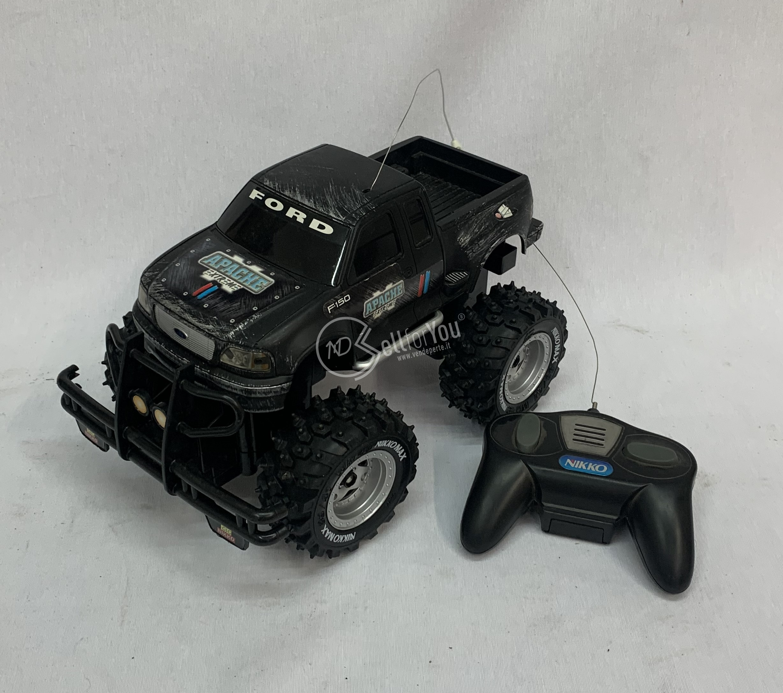 sellforyou immagine default articolo correlato non trovatoMacchinina telecomandata Ford (non funzionante) Nikko
