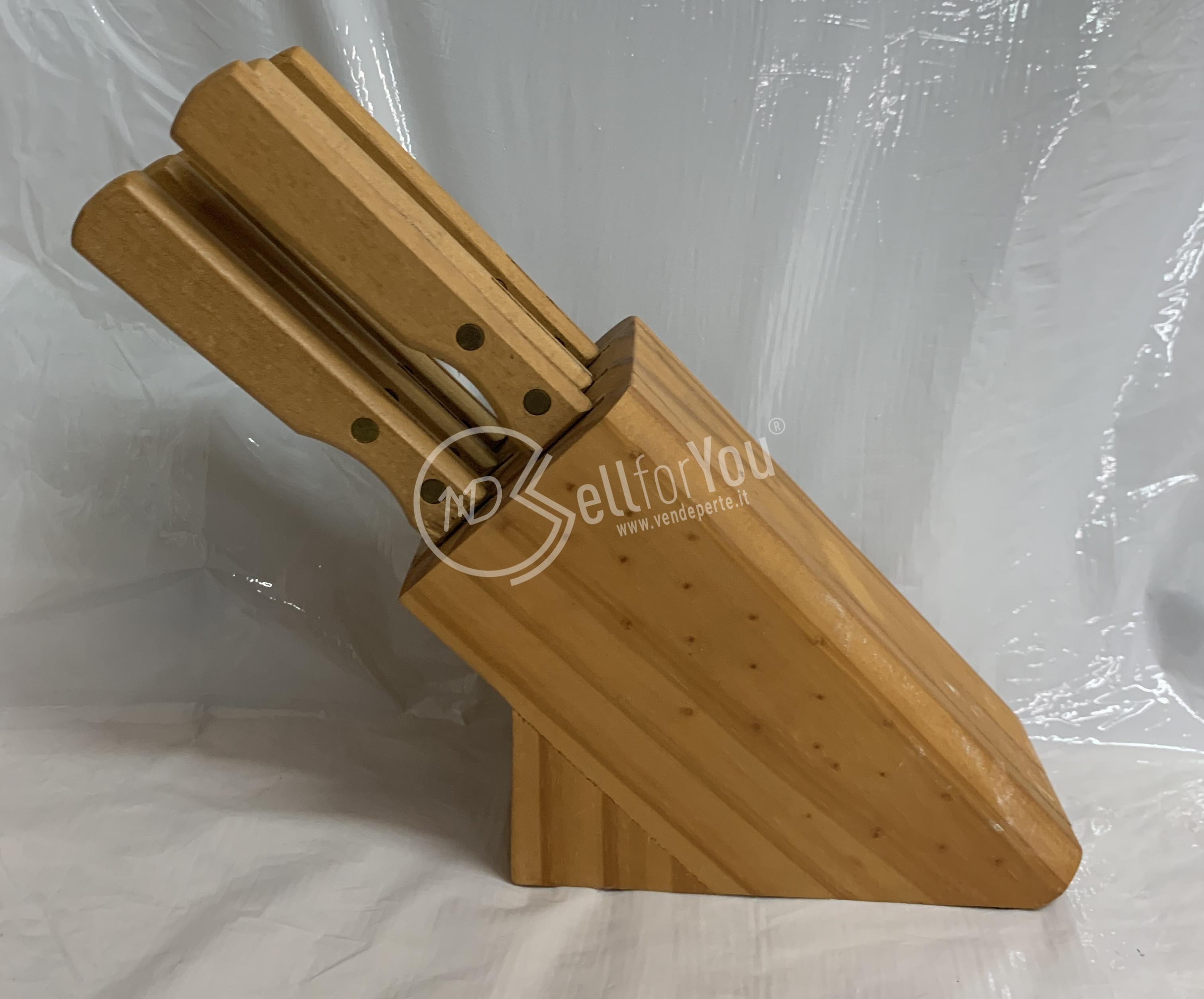 sellforyou immagine articolo Set 6 coltelli professionali con ceppo in legno